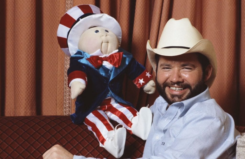 http://scribol.com/anthropology-and-history/history/scandal-behind-cabbage-patch-kids-kept-quiet-40-years/2/